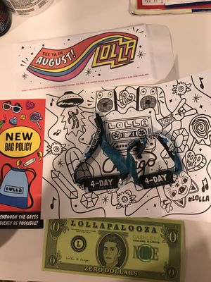 2 lollapalooza 4 day general admission tickets for Sale in Nashville, TN