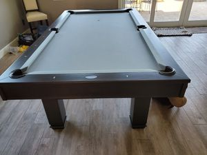 Photo POOL TABLE/DINING TABLE