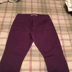 Women's Pants Thumbnail