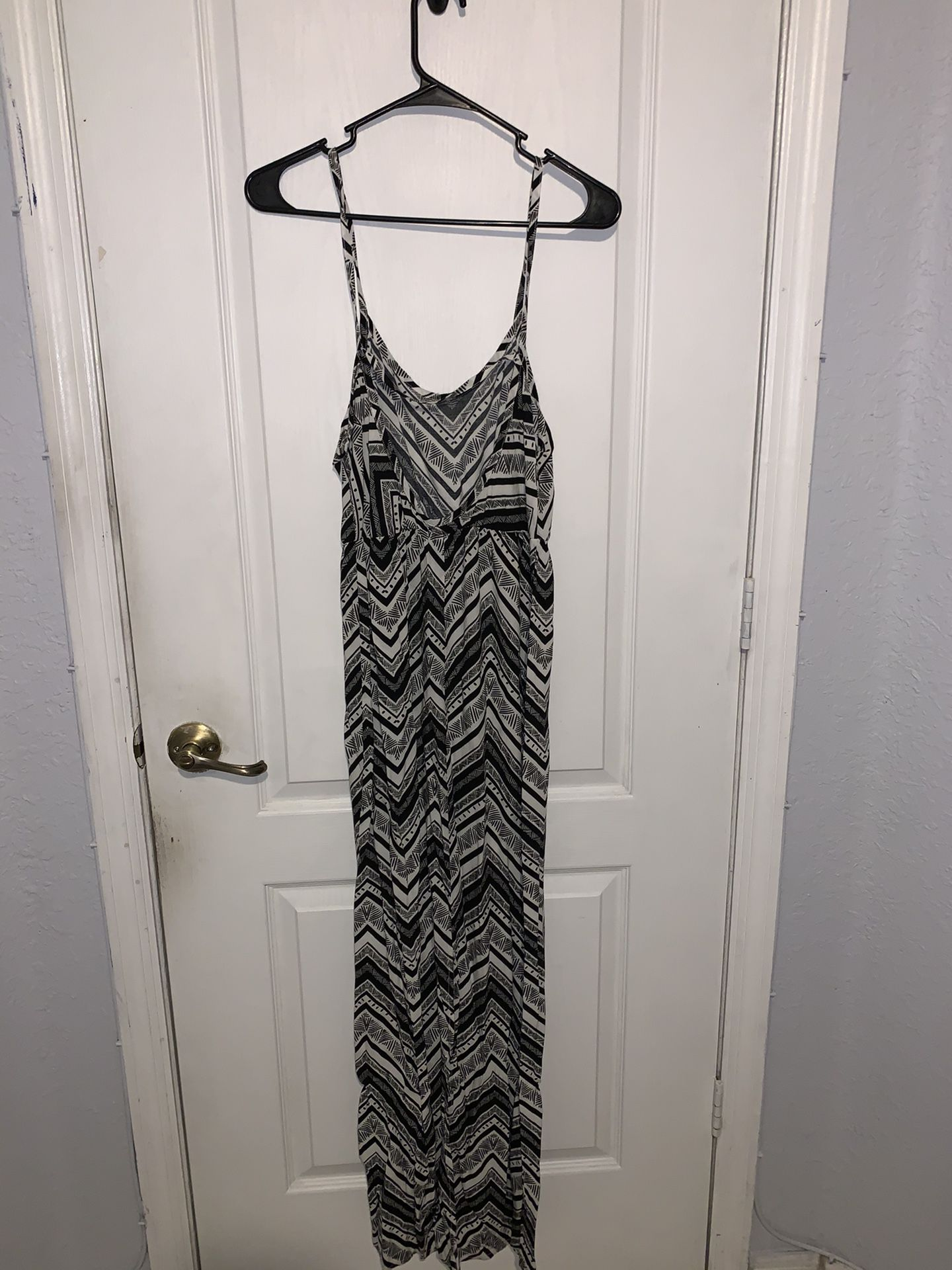 black and white tribal maxi dress - Small