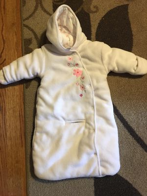 bb698b3f99a2 EUC Baby Girl Infant Snowsuit 6-9 months for Sale in Colorado Springs