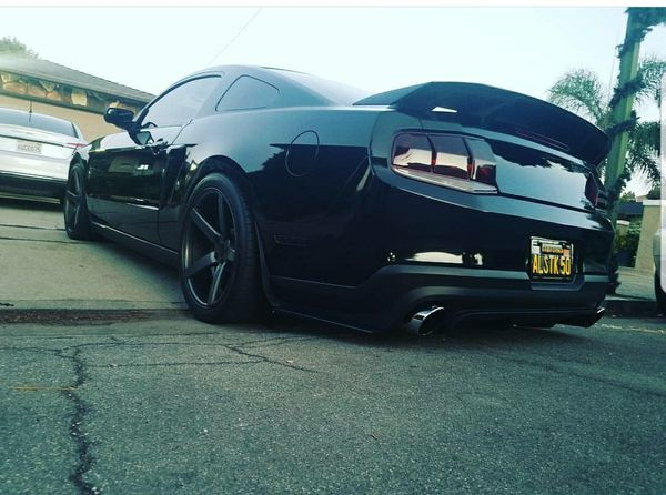 2010 2017 Mustang Raxiom Smoked Aero Tail Lights