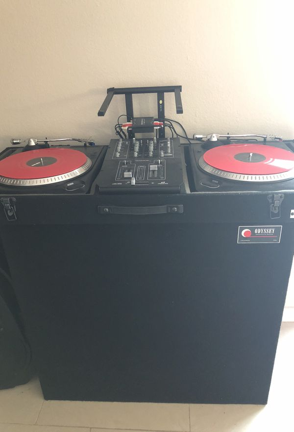 NUMARK turntables with mackie mixer and denon ds1 for Sale in Phoenix, AZ -  OfferUp