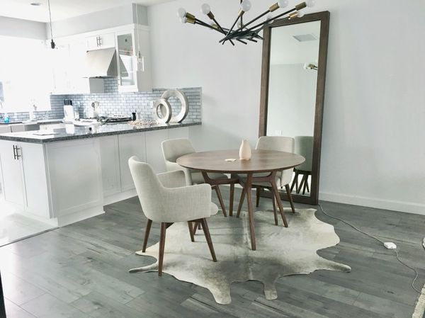 Dwr Design Within Reach Ren Dining Table For Sale In Costa Mesa Ca