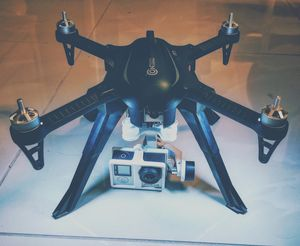 Contixo F17 Drone with FPV & GIMBAL for Sale in Los Angeles, CA