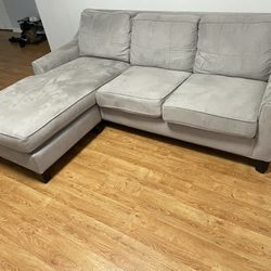 L-shape Couch Thumbnail