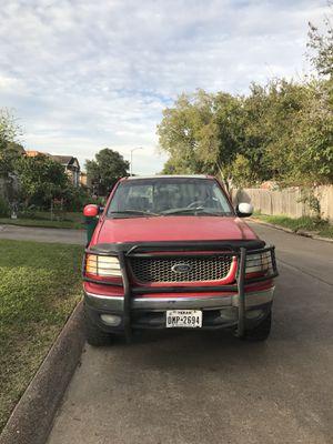 Ford F-150 2001 millas 170 título limpio funciona bien for Sale in Galena Park, TX