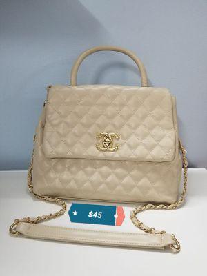 Cartera Handbag for Sale in Miami, FL