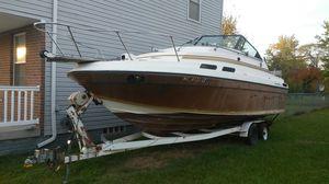 24' Reinell Cabin Cruiser for Sale in Detroit, MI
