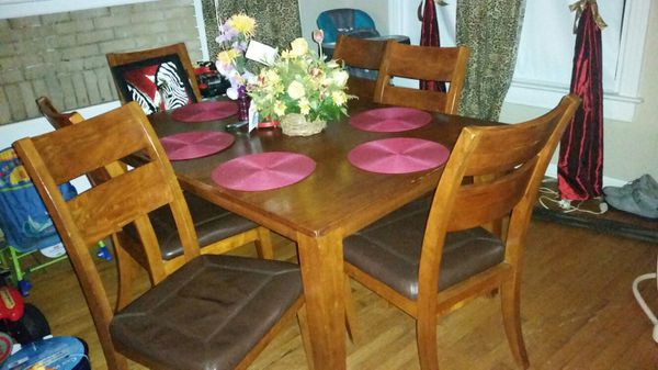Dining Room Table And Chairs Jacksonville FL