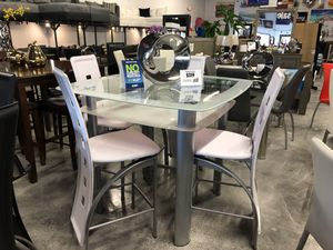 5 Piece Pub Dining Table Set for Sale in Hialeah, FL