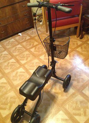 Health Port Knee walker for Sale in Washington, DC