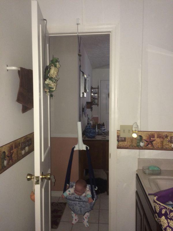 EVENFLO Door-Frame xerSaucer Jumper/Bouncer/Swing (Baby & Kids) in ...