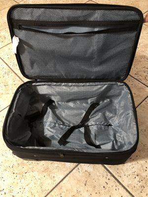 maleta for Sale in Bakersfield, CA