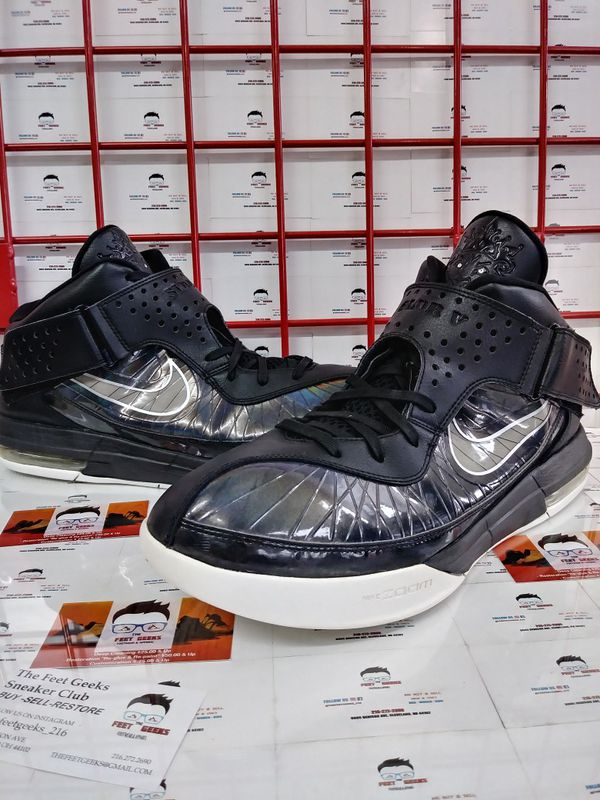 621c3b37806 Nike Lebron James Soldier 5 Men s Basketball Shoes Size 15. Cleveland ...