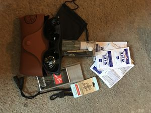 Ray•ban sunglasses and cleaning kit for Sale in Washington, DC