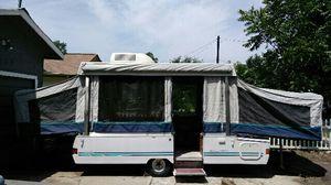 1995 Coleman fleetwood pop up camper for Sale in Austin, TX