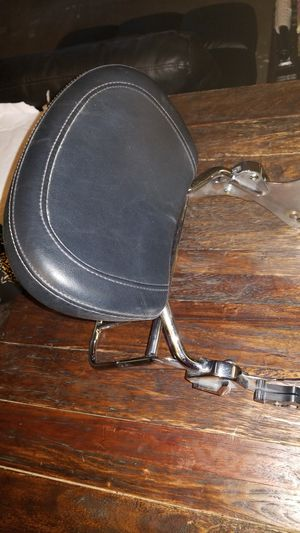 Road king rear backrest and luggage holder for Sale in Las Vegas, NV