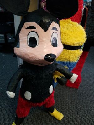 🎈Mickey Mouse🎈Piñata 🎈 for Sale in Houston, TX