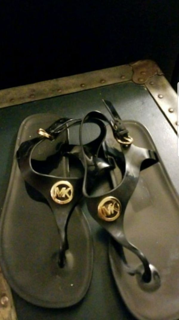 bd459c7ed1f6 New and Used Michael kors for Sale - OfferUp