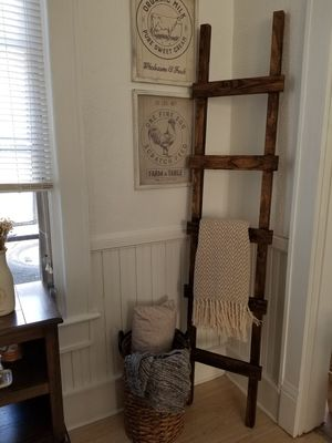 Farmstyle ladder decor!! for Sale in Kissimmee, FL