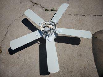 Hampton Bay White Ceiling Fan with Light Thumbnail