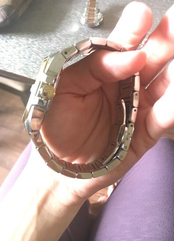 Diamond wittnalier watch