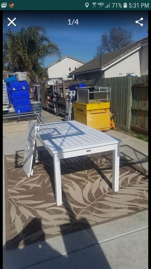 Photo Huge restoration hardware patio table with extension 72x38 up to 92 can also use inside as kitchen table