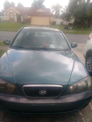 Vendo Hyundai elantra 2002 for Sale in Kissimmee, FL