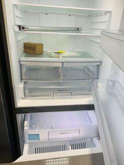 Refrigerator Stainless Steel LG  Thumbnail