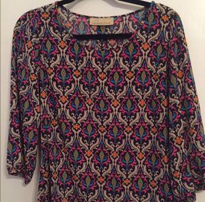 Super cute multi colored blouse! for Sale in Nashville, TN