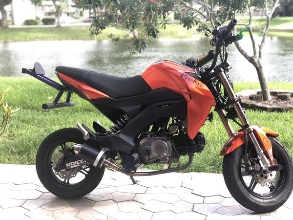 2017 Kawasaki Z125 pro for Sale in Fort Lauderdale, FL - OfferUp