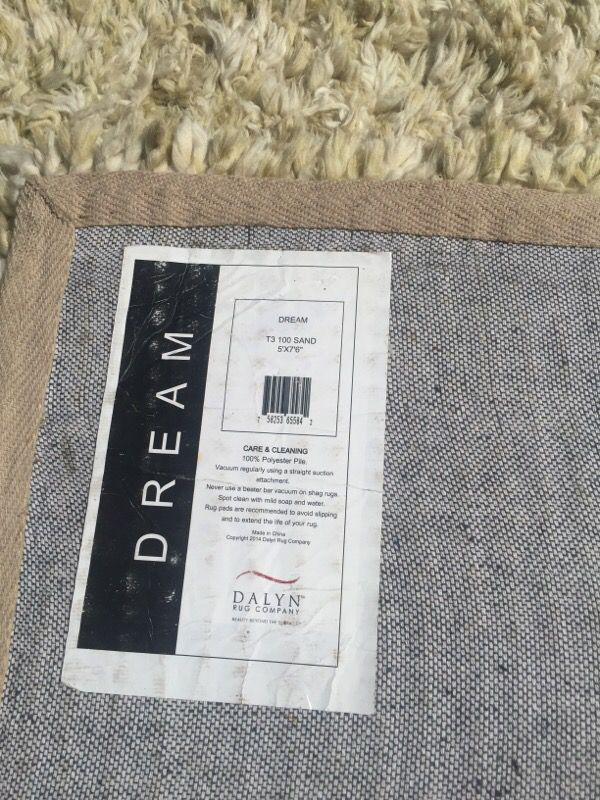 5x8 rug $40