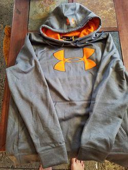 Underarmor hoodie Thumbnail