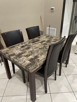 Dining Table with 4 Chairs.  Thumbnail