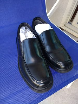 Men's shoes 9 - 1/2 like new for Sale in Orlando, FL
