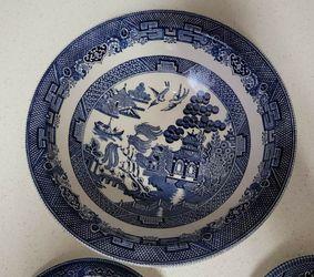 Blue Willow China Set   Thumbnail