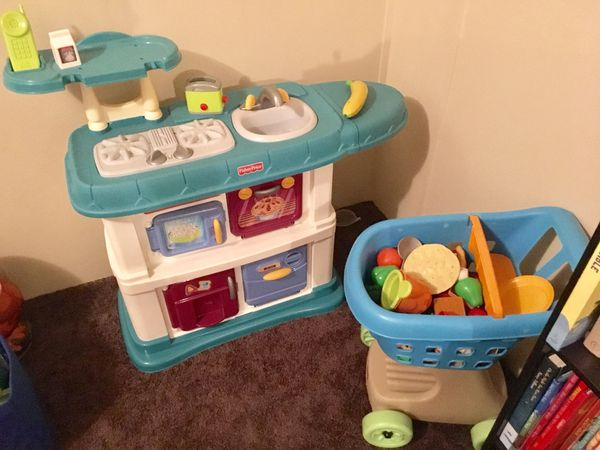 Fisher-Price Kitchen & Shopping Cart for Sale in Summerville, SC - OfferUp