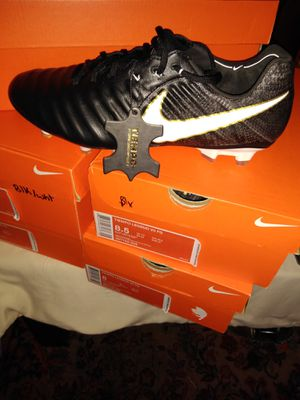 Professional leather soccer cleats. for Sale in Silver Spring, MD