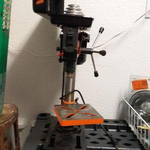 Photo Vintage drill press