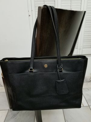 Tory burch large Robinson tote for Sale in Phoenix, AZ