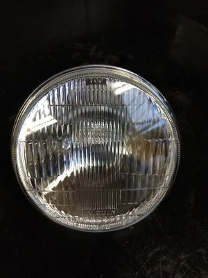 """Headlight With Bulb 5 3/4"""" 5.75"""" Halogen for Sale in San Francisco, CA"""