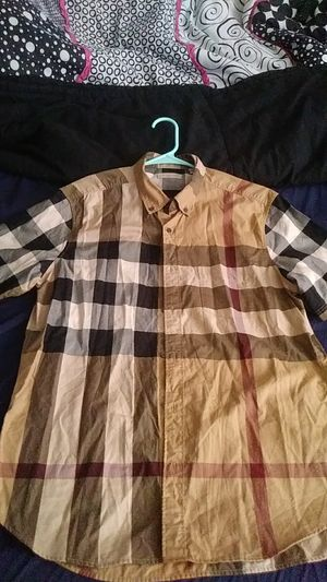 Size L Men's Burberry Short Sleeve Button Down Shirt for Sale in Washington, DC