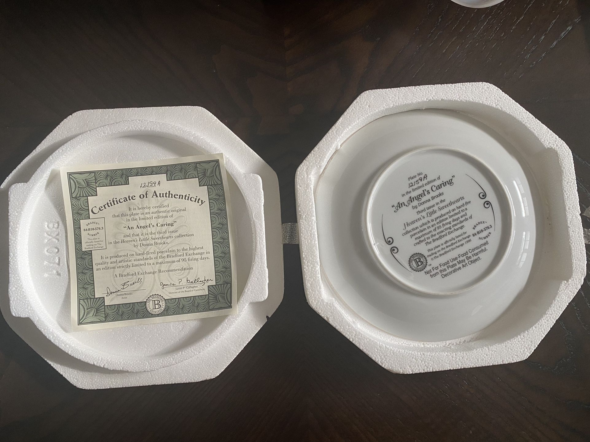 """Bradford Exchange """" An Angel's Caring"""" 8"""" Collector Plate"""