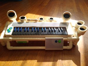 Blueman music group keyboard for Sale in Queens, NY