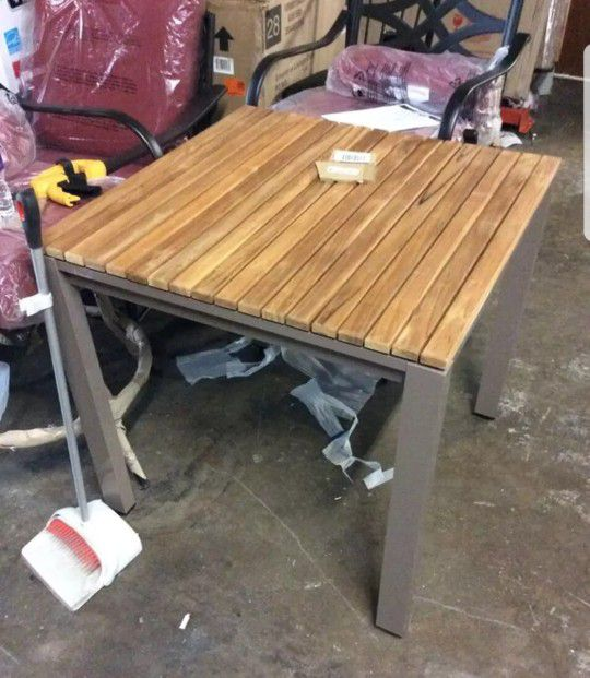 New Hampton Bay 31 Inch Barnsdale Teak Square Patio Dining Table
