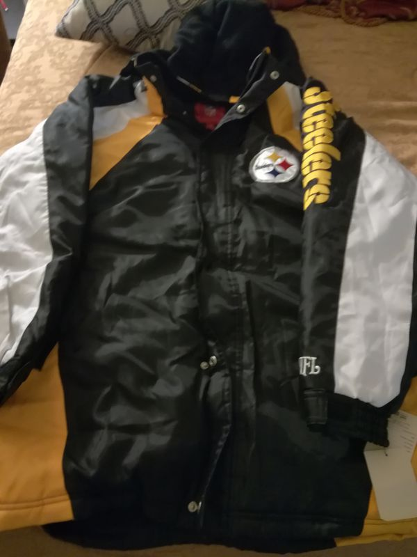 purchase cheap be61a 48810 Steelers thick winter jacket with hood for Sale in Marina del Rey, CA -  OfferUp