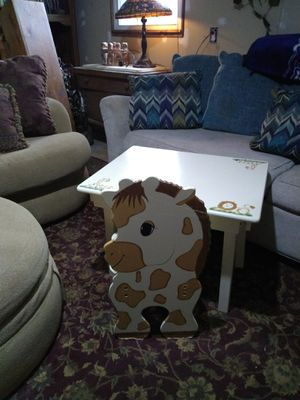 Children's Table and Chair set for Sale in Cumberland, VA