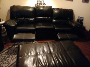 Electric reclining sofa (both ends) w/ottoman black leather for Sale in Capitol Heights, MD