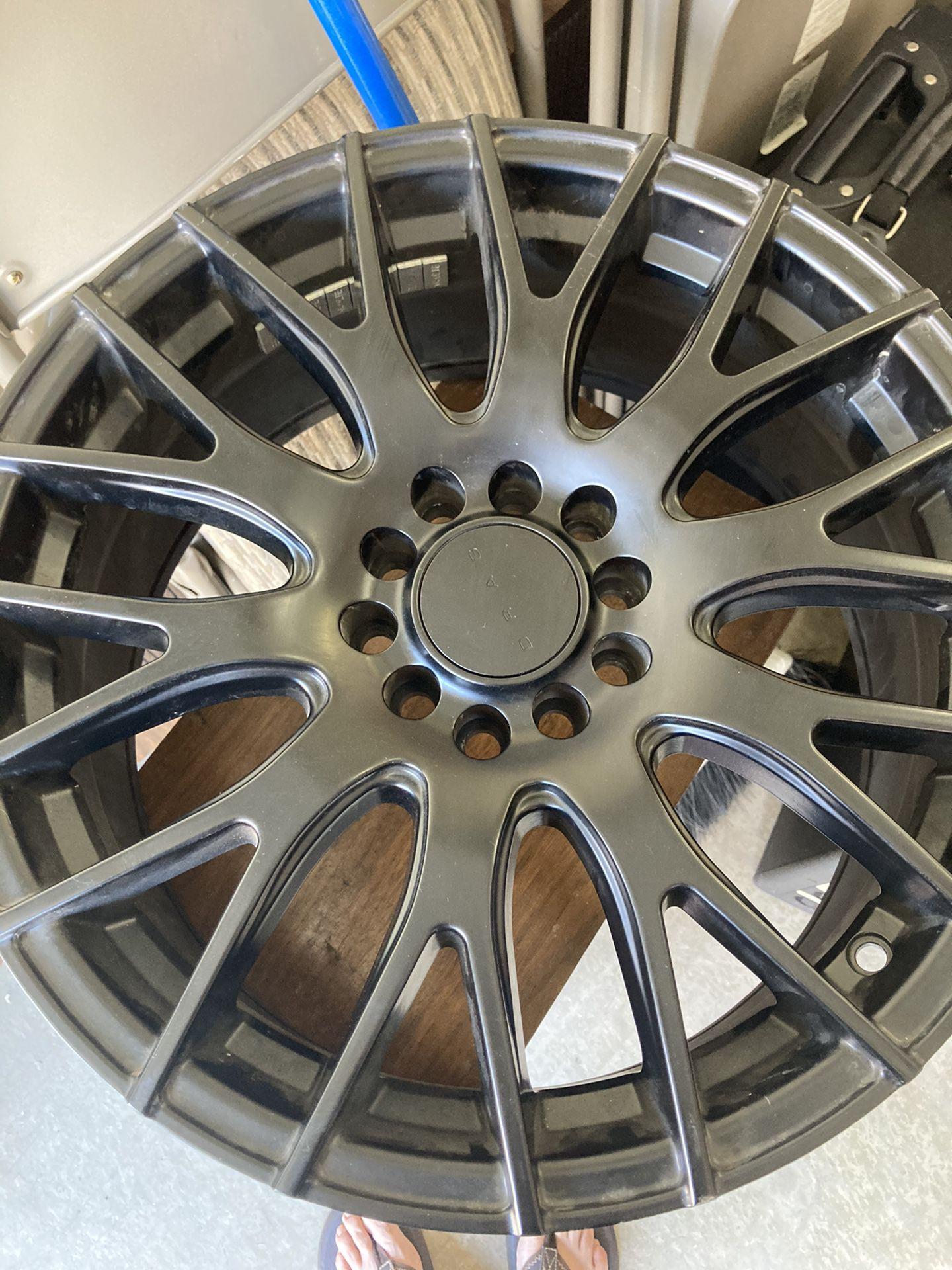 "Spare 17"" Rim Off A 2014 Nissan Juke"